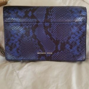 MICHAEL KORS CROSSBODY SHOULDER PURSE